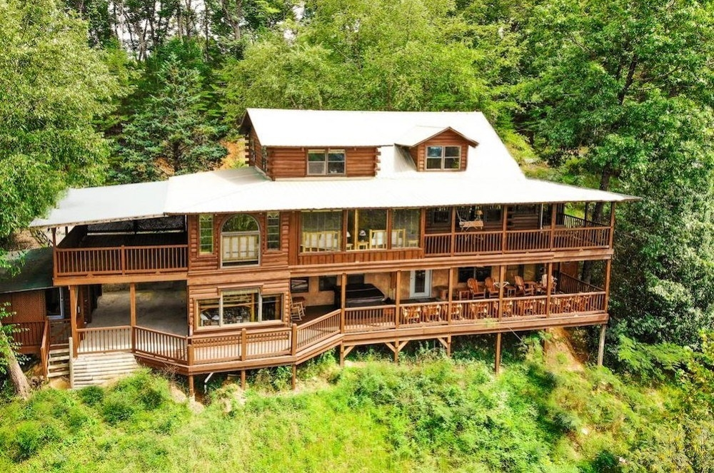 4 tips for a fun vacation in our pet friendly cabins in pigeon forge Pet Friendly Cabins In Tennessee