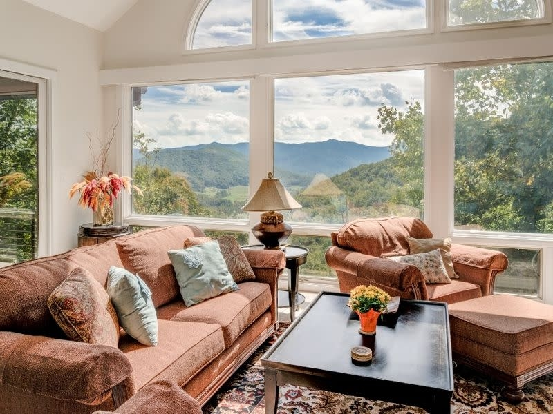 asheville cabins cabin rentals places to stay asheville ncs Asheville Nc Pet Friendly Cabins