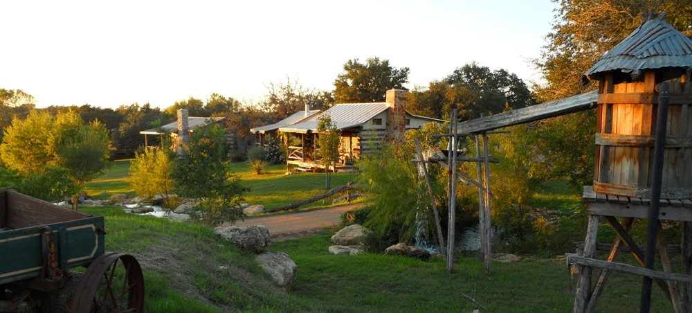 barons creekside 12 cabins 4 family homes lodging in Romantic Cabins In Fredericksburg Tx