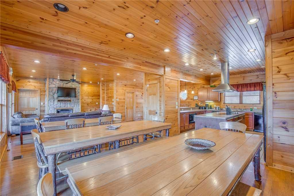 big sky lodge ii 7 bedroom cabin gatlinburg tn booking 7 Bedroom Cabins In Gatlinburg