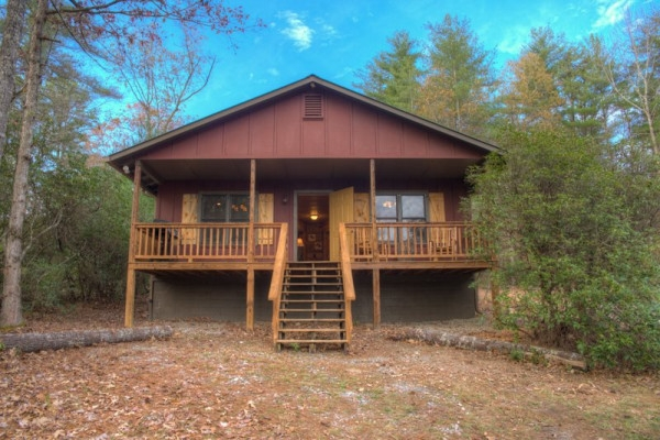book chimney mountain cabin helen georgia all cabins Pet Friendly Cabins In Helen Ga