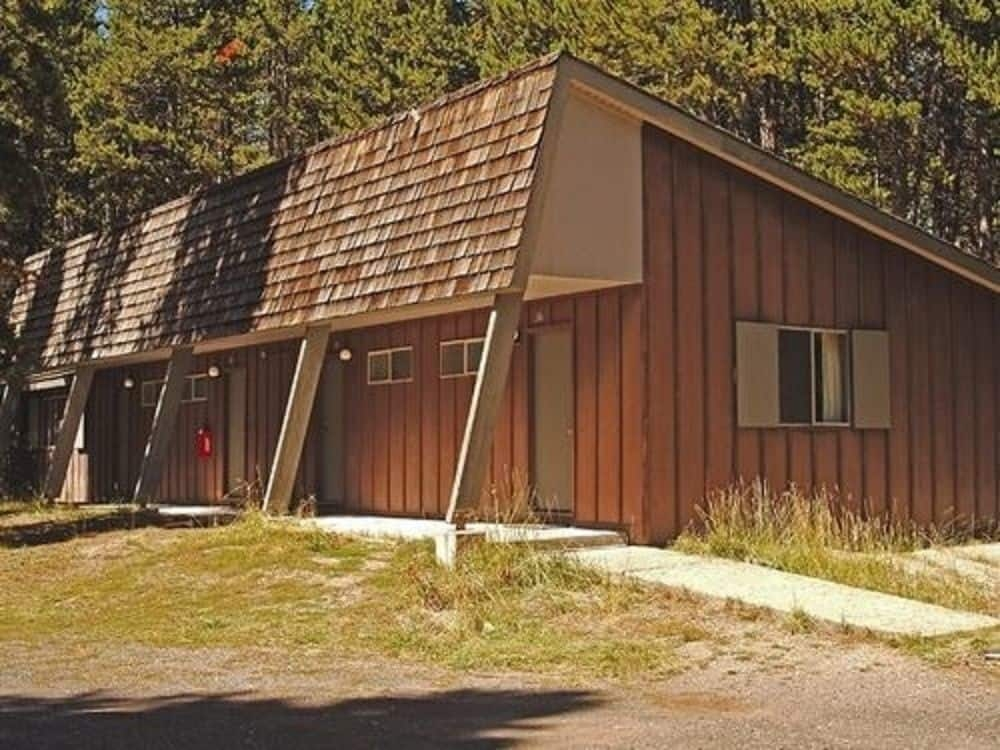 book lake lodge cabins inside the park in yellowstone national Yellowstone Lake Lodge Cabins