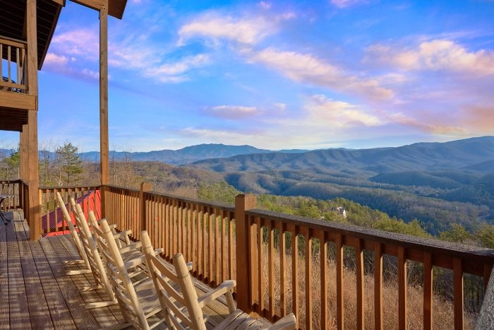 breathtaker secluded 5 bedroom smoky mountain cabin Secluded Gatlinburg Cabins