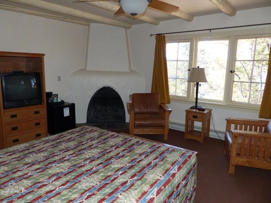 bright angel rim cabin with gas fireplace picture of bright angel Bright Angel Lodge & Cabins
