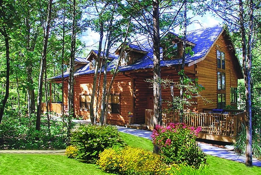 cabins at grand mountain thousand hills resort in branson hotel Branson Vacation Cabins Branson Mo