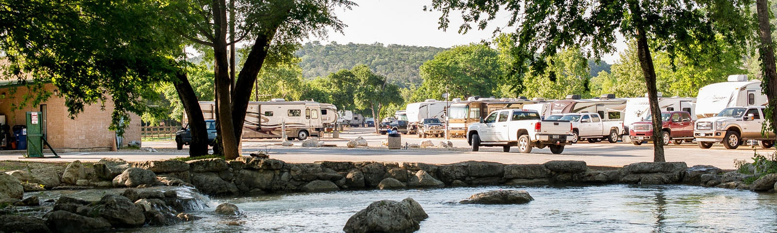 camp huaco springs New Braunfels Camping Cabins