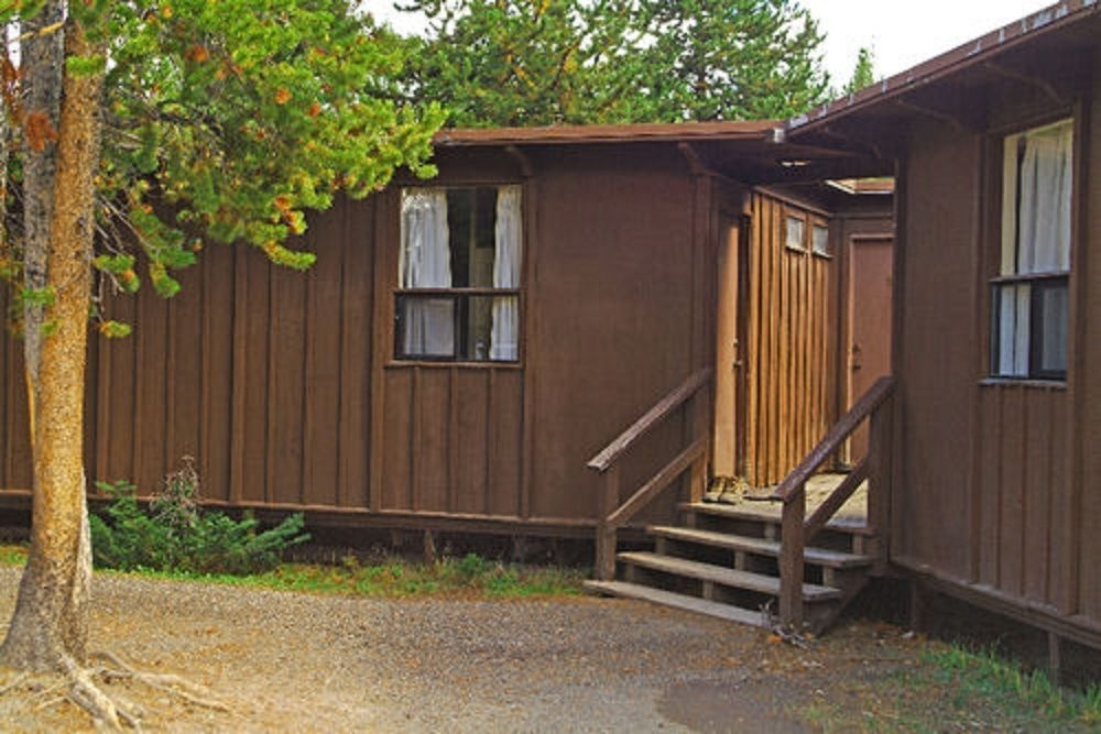 canyon lodge cabins inside the park 2018 room prices deals Canyon Lodge & Cabins Yellowstone National Park Wy