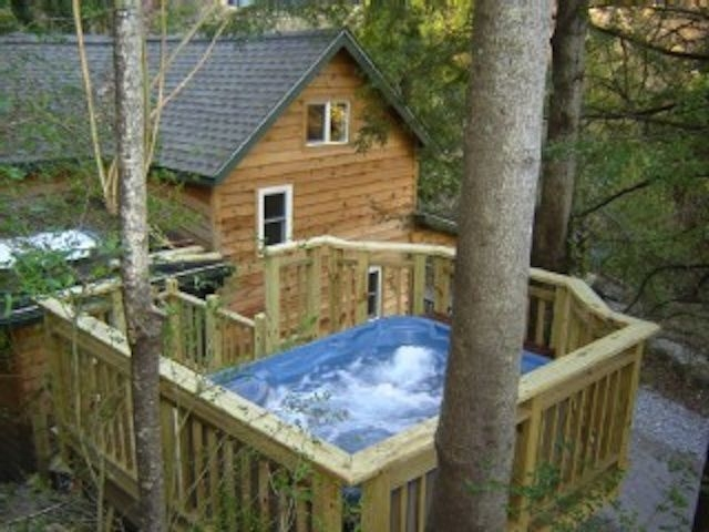 cedar creek cabin hot tub and views close homeaway Asheville Nc Cabins With Hot Tubs