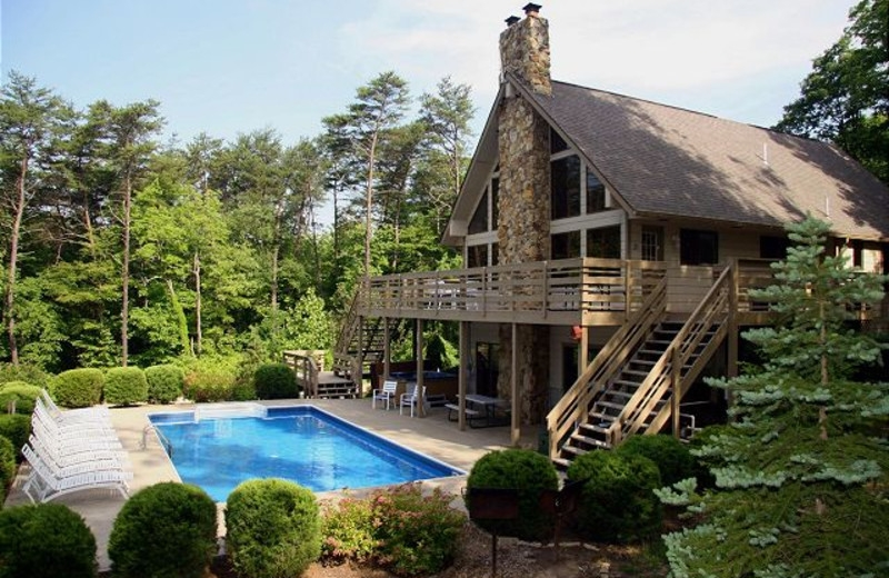 chalets in hocking hills logan oh resort reviews Hocking Hills Cabin With Pool