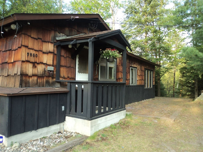 cozy cabins perfect for a pure michigan getaway michigan Cabin Getaways In Michigan