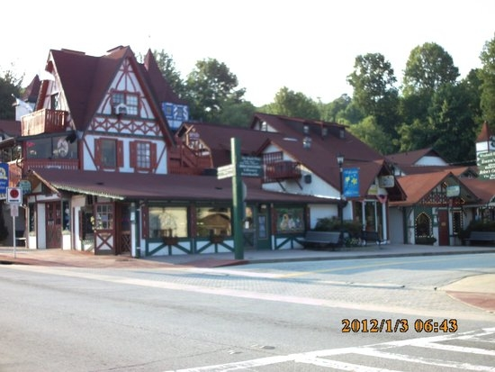downtown helen ga picture of riverbend motel cabins helen Riverbend Motel And Cabins