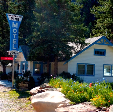 estes park cottages and cabins on the river whispering pines Estes Park Cabins And Cottages