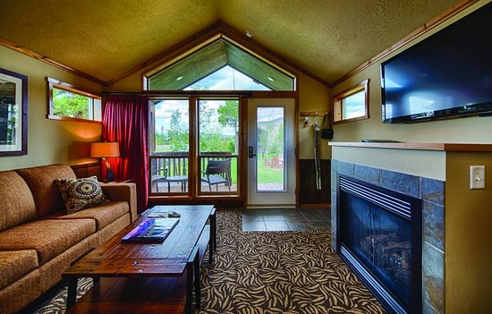 explorer cabins at yellowstone 161 189 updated 2018 prices Explorer Cabins At Yellowstone