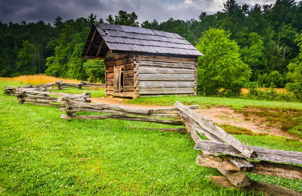 great smoky mountains national park breaks visitor record Cabins In Smoky Mountain National Park