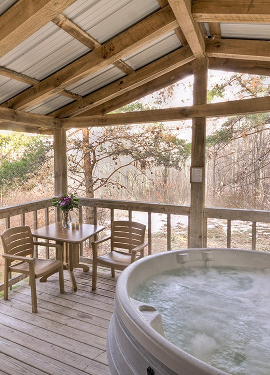 hocking hills one room romatic cabin for couples getaways Hocking Hills Romantic Cabins