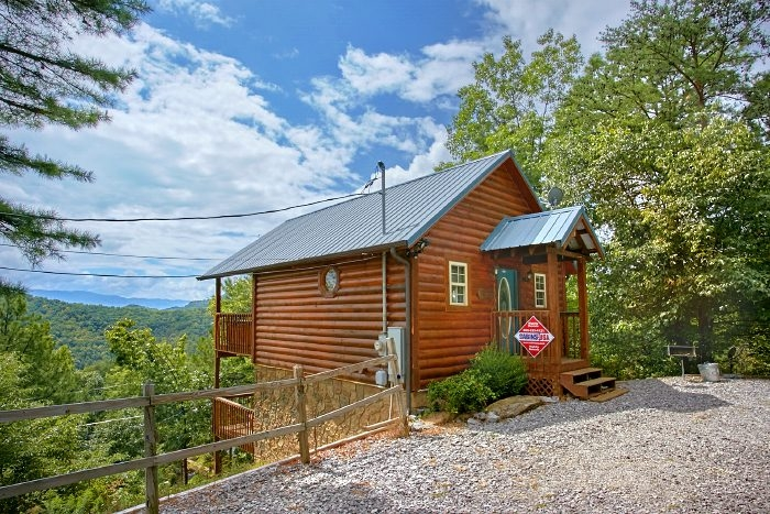 honeymoon cabin in wears valley private cabin in wears valley Secluded Cabins In Tennessee