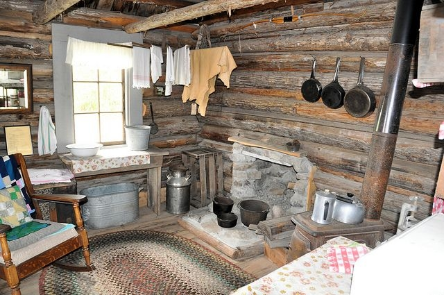 hunters cabin interior home and cabin interiors cozy living Hunting Cabins Interior Rustic