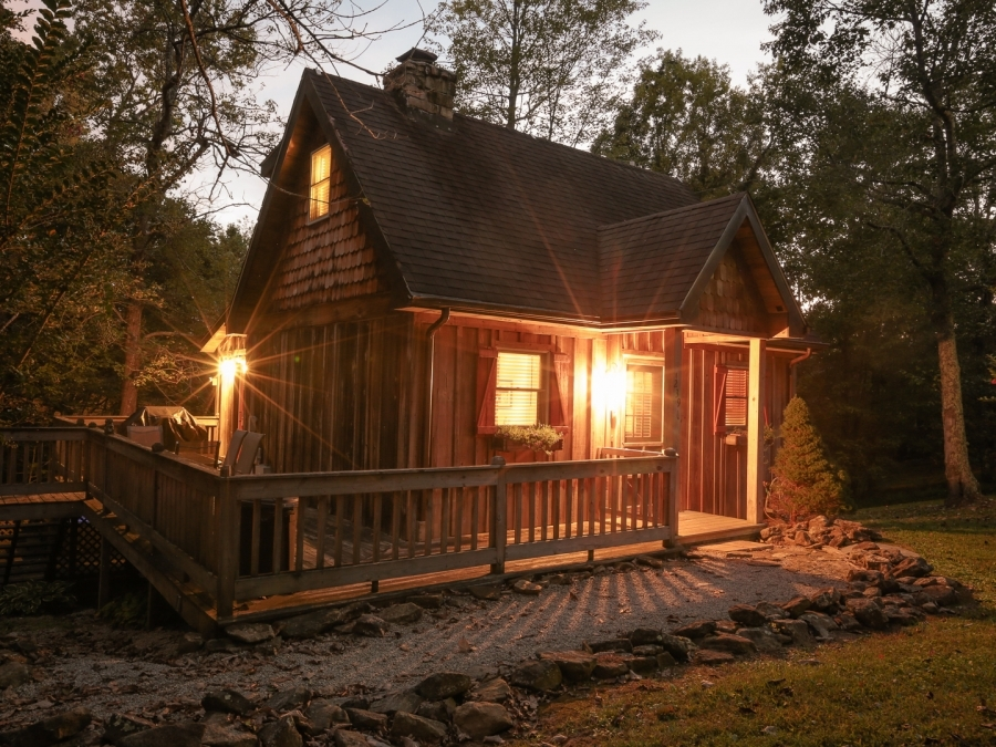 lake cumberland tourism whispering woods cottage Daniel Boone National Forest Cabins