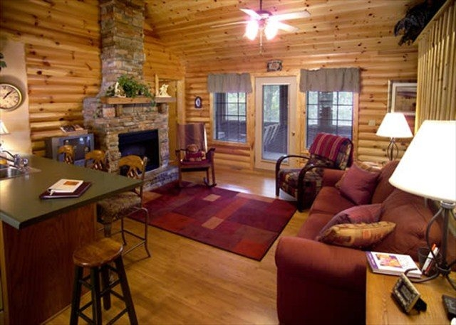 large group cabins in branson mo for 6 to 38 guests Branson Vacation Cabins Branson Mo