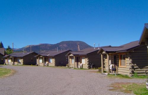 lodging lazy bear cabins South Fork Colorado Cabins