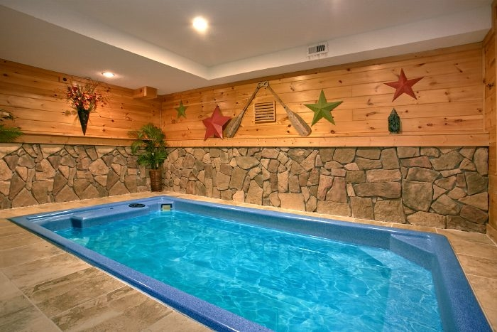 luxury log cabin with indoor pool gatlinburg splash Cabins In Gatlinburg With Pool
