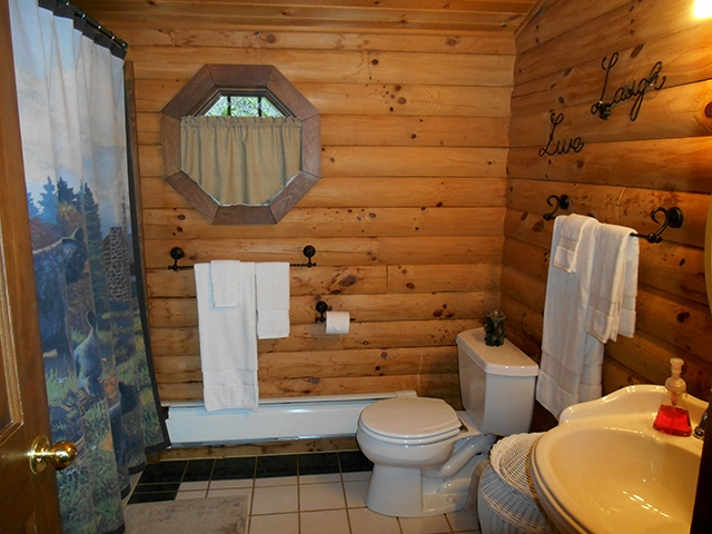 luxury log cabin with jacuzzi in ohio amish country cabins Cabins In Amish Country Ohio