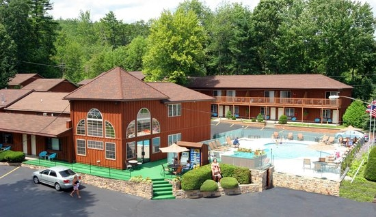 mohican motel updated 2018 prices reviews lake george ny Lake George Pet Friendly Cabins