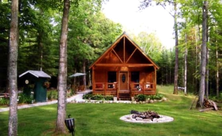 pet friendly cabin with a dock black lake michigan Pet Friendly Cabins In Michigan