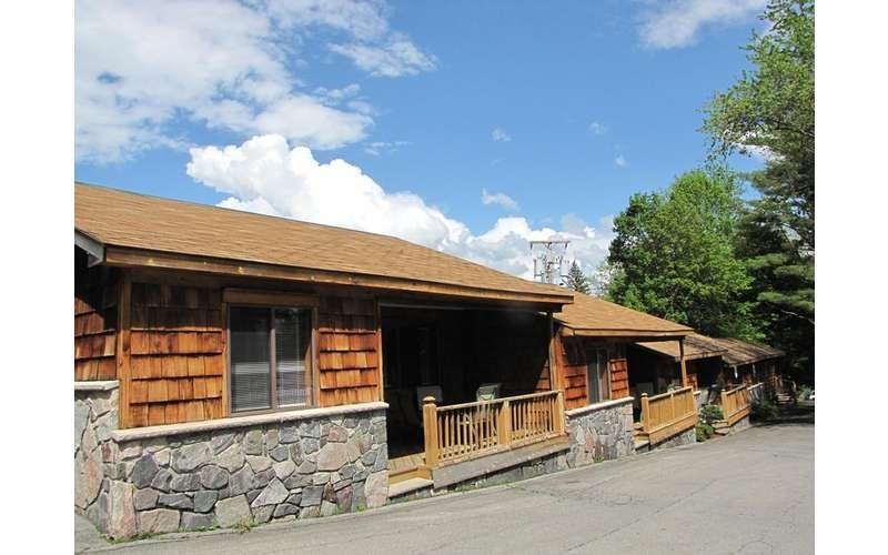 pet friendly lodging in lake george find cabins cottages in lake Lake George Pet Friendly Cabins