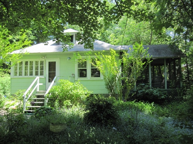 pet friendly vacation rentals in michigan and lodgings accepting Pet Friendly Cabins In Michigan
