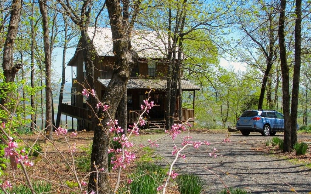 petit jean state park allens cabin 175 per night sleeps 8 Petit Jean Mountain Cabins