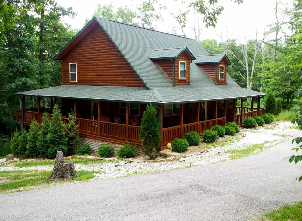 places to stay Brown County Cabins For Two