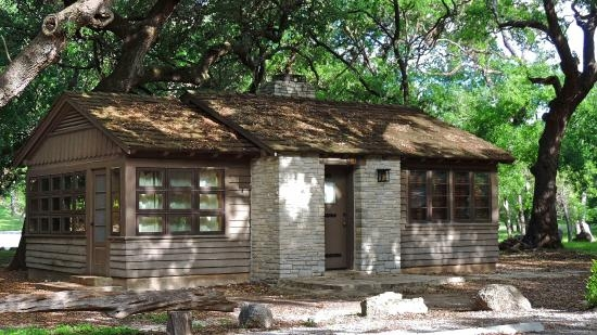 really neat cabins available to rent picture of garner state park Cabins At Garner State Park