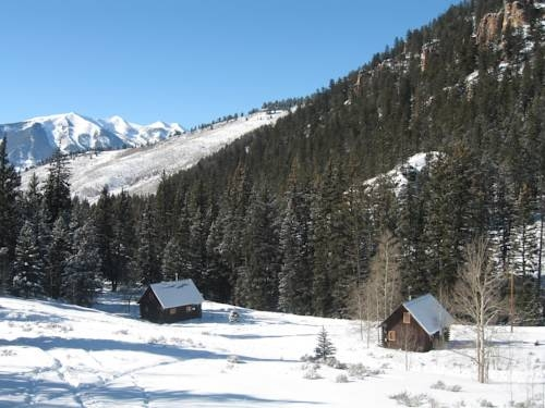 resort pioneer guest cabins crested butte co booking Pioneer Cabins Crested Butte