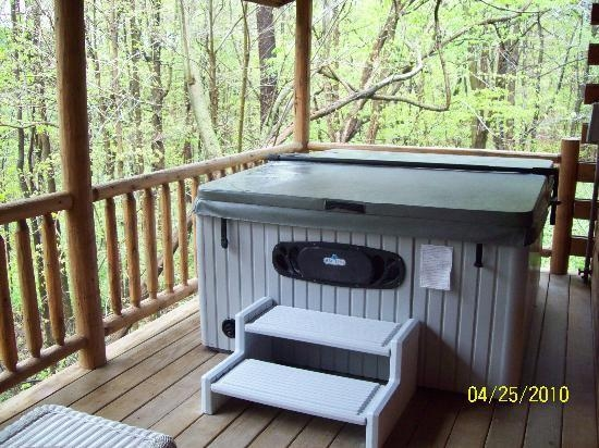 the hot tub picture of cricket hill cabins millersburg tripadvisor Cabins In Ohio With Hot Tubs