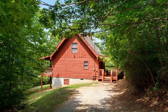trail head gatlinburg chalets cabin rentals tennessee Cabins In Tennessee Gatlinburg