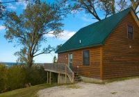 discount coupon for hilltop cabins and motel in grand marais Hilltop Cabins Grand Marais Mi